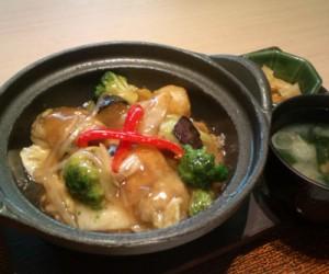 広島産カキと彩り野菜の鍋 あんかけご飯